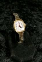 Women's Vintage CLINTON 17 Jewel Self Winding Mechanical Watch - $34.25
