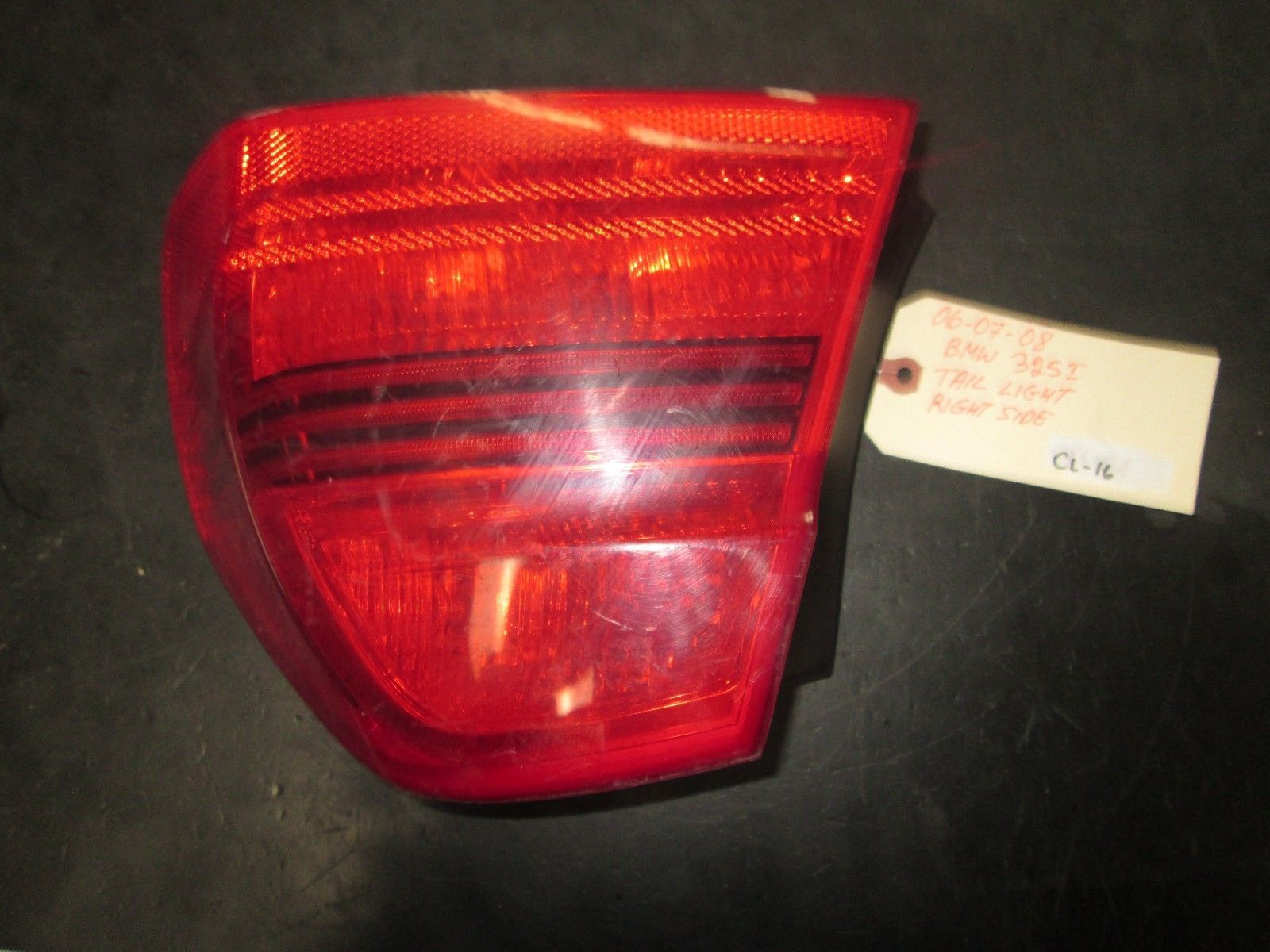 Primary image for 06 07 08 BMW 325i RIGHT SIDE TAIL LIGHT