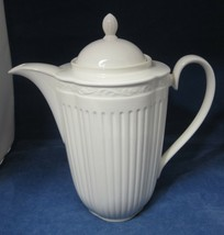Mikasa Italian Countryside 1 Coffee Pot & Lid 9 1/2 in 6 Cups Excellent ... - $74.25