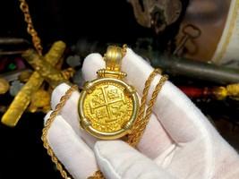 PERU  8 ESCUDOS 1715 FLEET PENDANT JEWELRY PIRATE GOLD COINS SHIPWRECK T... - $25,000.00