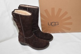 UGG Australia 'Haywell' Boots Suede Sheepskin Lined BROWN Womens size 5 - $92.64