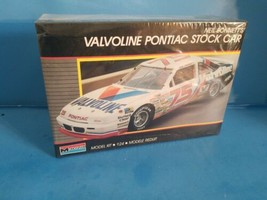 Monogram Neil Bonnetts Valvoline Pontiac Stock Car Plastic Model Kit #27... - $28.04