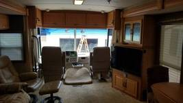 2006 Winnebago Itasca Suncruser FOR SALE IN Plainwell, MI 49080 image 3