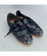 Ellen Degeneres Floral Tie Flat Shoe Women's 9 - $20.00