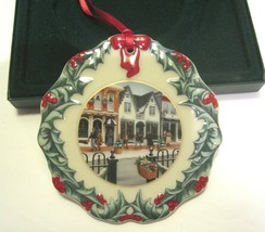 Longaberger Collector's Club Christmas Ornament 1998 Shopping on Main Street  - $17.99