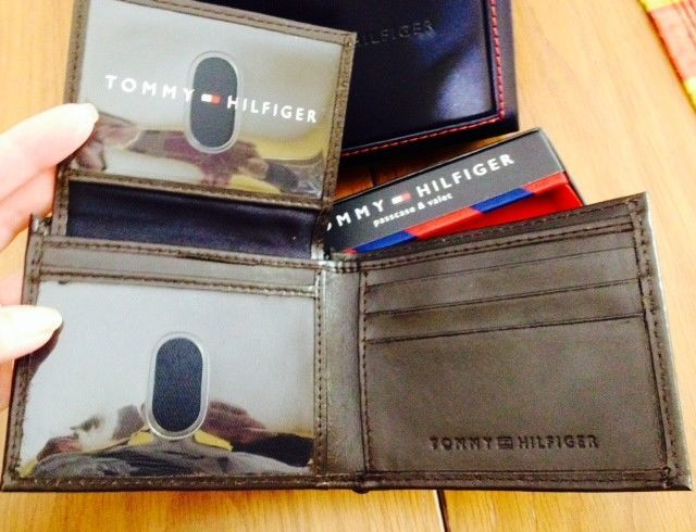 Tommy Hilfiger Trifold Passcase Wallet New In box with Tag Brown Leather image 6