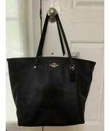 Coach 57131E Crossgrain Leather Tote NWT - $128.69