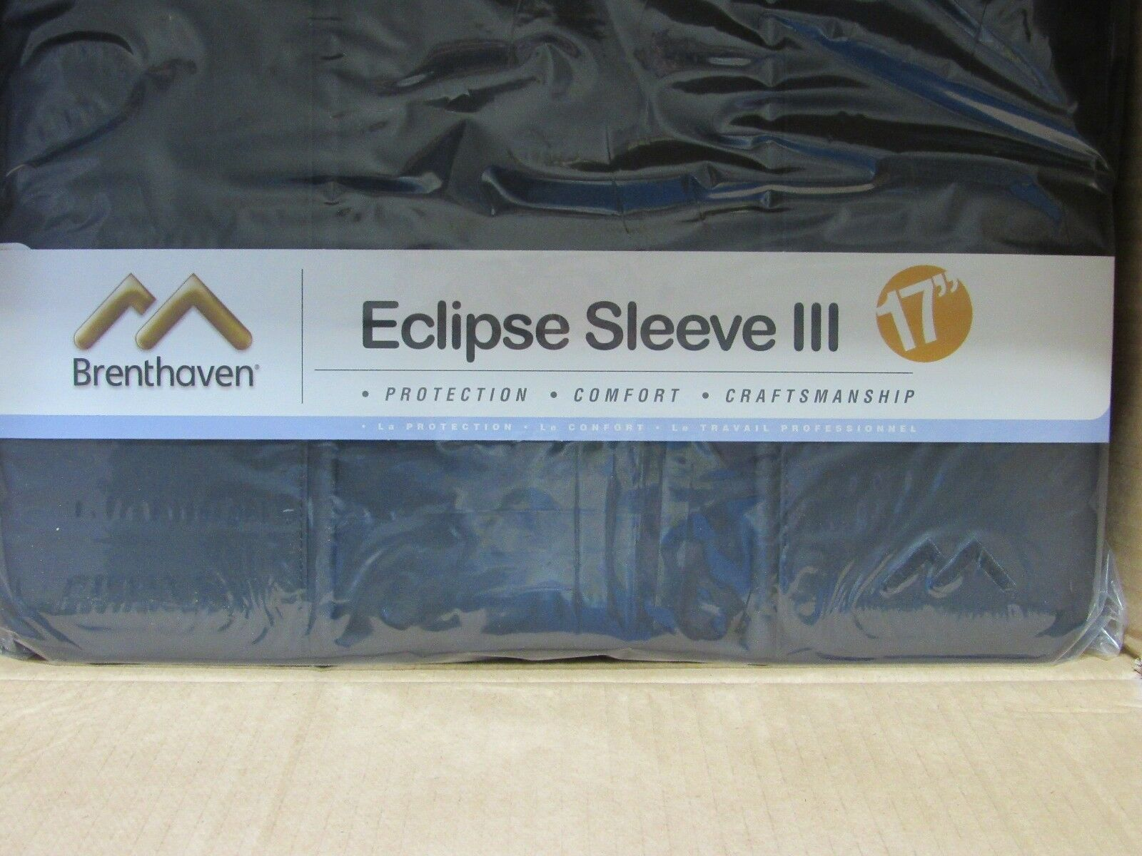 "Brenthaven Eclipse Sleeve III 17"" Laptop Lifetime Guarantee Craftsmanship"