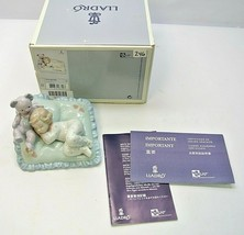 """Lladro 2008 Retired Figurine - """"Counting Sheep"""" #06790 - $119.99"""