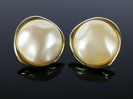 Vintage Gold Tone MONET Round Faux Pearl Signed Clip On Costume Jewelry ... - $18.88