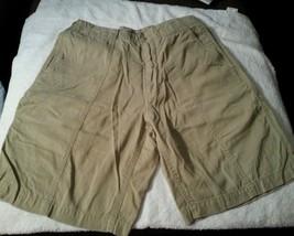 Tommy Bahama Men's Khaki Shorts Size 30 X 9 Tagged 57%Tencel Lyocell Blend - $16.91