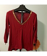Womens Top Size Small Lucky Brand Gold Sequins V Neck 3/4 Sleeves Red  - $12.19