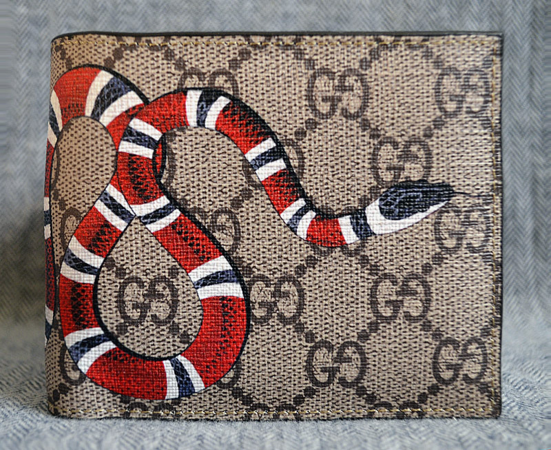 b5101251e27a Gucci Kingsnake GG Supreme Wallet*Style and 50 similar items. G5
