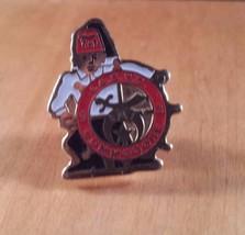 Masonic Lapel Pin International Commodore I.A. S. Y. C. '93 Black White Red - $12.86
