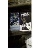 2018-19 Wayne Gretzky Luc Robitaille Bob Miller Mini Statue Set Mit 3 Ki... - $49.69