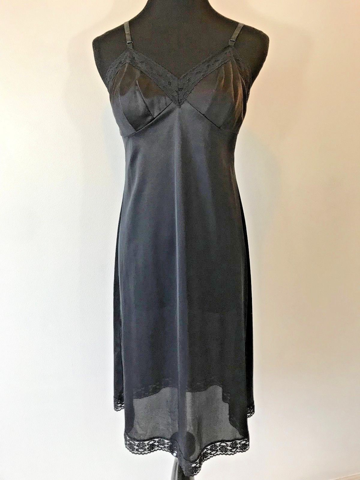 190b35dc869 Vintage Vanity Fair Black Full Slip Lingerie and 50 similar items. S l1600