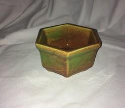 Haeger Pottery 4002 Wonderful Planter - $3.95