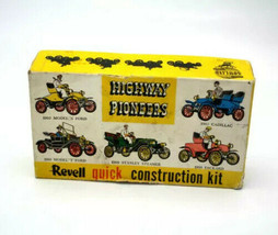 Vintage Revell Highway Pioneers Quick Construction Kit 1909 Stanley Steamer. - $49.49