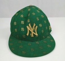 New York Yankees Men's 7 1/8 New Era Fitted Hat Green Flocked All Over Print  - $18.69