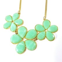 """Vintage Flower Necklace - Green Lucite - Mod Mid-Century Gold Tone 16 - 19"""" - £9.05 GBP"""