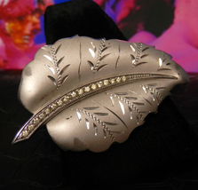 Vintage Sterling Silver Brooch Satin Silver Leaf Pin Diamond Cut Accents... - $15.00
