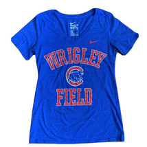 Nike Tee Wriggley Field Chicago Bears Blue V Neck Women's Size Small - $19.79