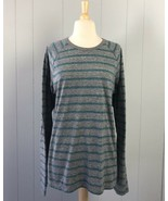 Women's American Eagle Gray & Blue Striped Top Size Large - $9.49