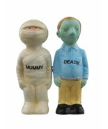 Mummy Deady Halloween Couple Ceramic Salt and Pepper Shakers Magnetic - $31.76