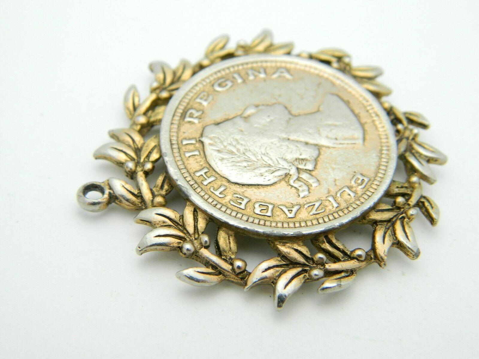 Gold Tone Elizabeth II Regina DEI Gratia F.D. Pendant Vintage