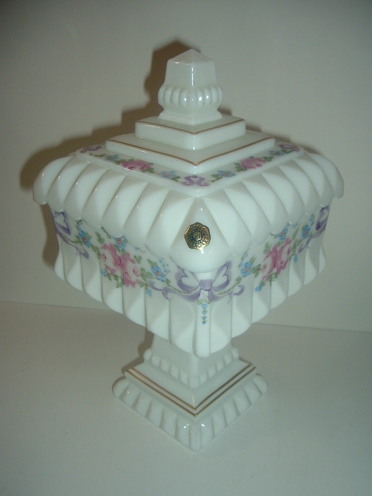 Primary image for Westmoreland Glass Roses Bows Handpainted Lidded Bride's Bowl w Original Sticker
