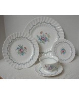 THE CHELSEA ROSE Royal Doulton 1- 5 pc. PLACE SETTING (s) Bone China EUC - $28.85