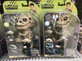 Untamed Fingerlings Doom & Gloom Baby Dinosaur T-Rex Glow In The Dark Halloween - $55.19