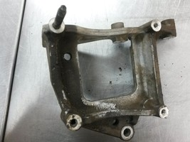 81M105 Air Compressor AC Bracket 2010 GMC Acadia 3.6 12608806 - $35.00