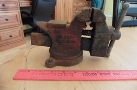 VINTAGE COLUMBIAN USA No.03 1/2 M2 SWIVEL BENCH VISE W/PIPE JAWS & ANVIL... - $53.13