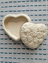 VINTAGE LENOX HEART SHAPED TRINKET BOX: CREAM W/GOLD TRIM: HANDCRAFTED I... - $15.00