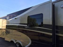 2013 DRV Tradition 380RES FOR SALE image 3
