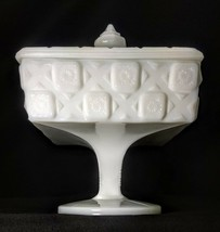 Westmoreland White Milk Glass Footed Sweetmeat Covered Old Quilt Candy Box - $9.50