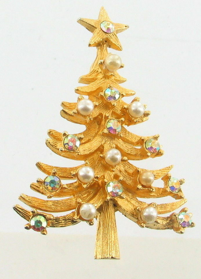 Primary image for VINTAGE MYLU AURORA BOREALIS RHINESTONE & PEARLS GOLD TONE CHRISTMAS TREE PIN