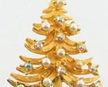 VINTAGE MYLU AURORA BOREALIS RHINESTONE & PEARLS GOLD TONE CHRISTMAS TREE PIN