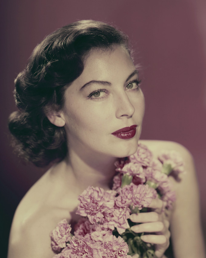 Primary image for Ava Gardner Stunning Bare Shouldered Glamour Pose Holding Flowers 16X20 Canvas G