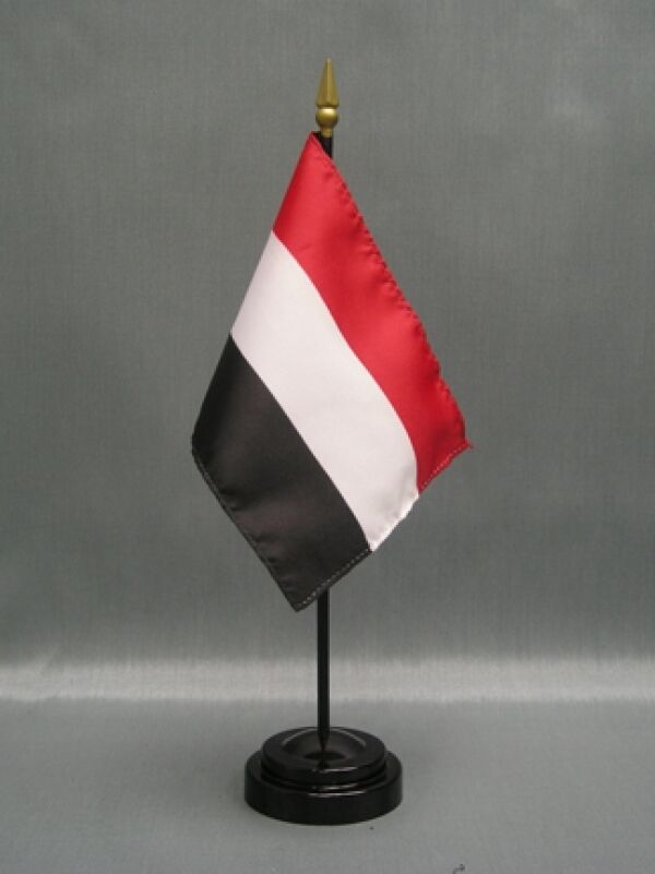 "YEMEN 4X6"" TABLE TOP FLAG W/ BASE NEW DESK TOP HANDHELD STICK FLAG"