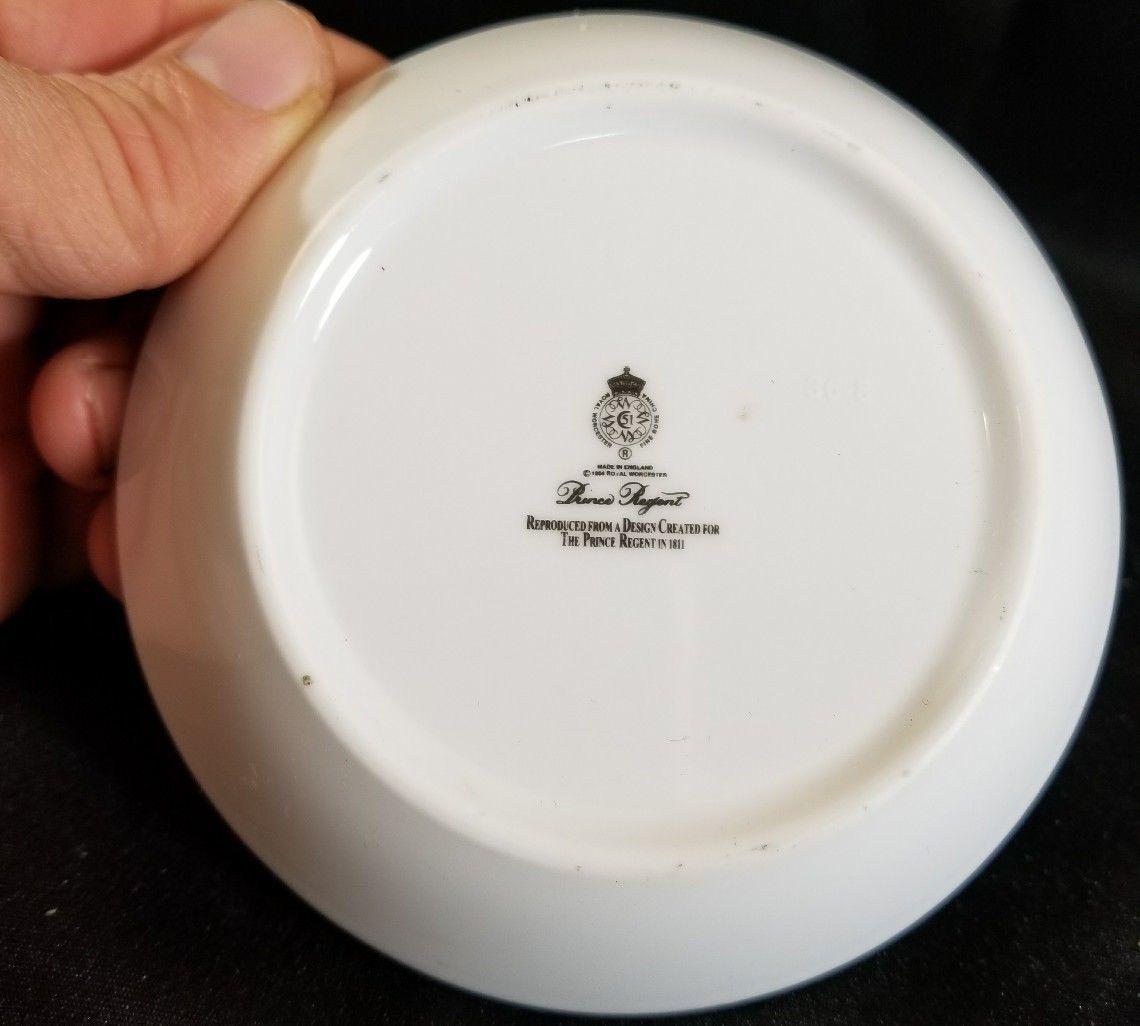"""Royal Worcester PRINCE REGENT Coaster  Imari design with gold 4.5"""""""