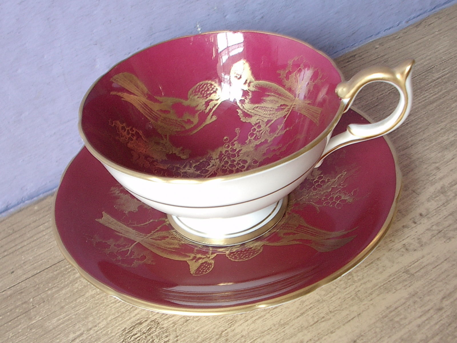 RARE Vintage 1950's Aynsley English bone china red and gold birds tea cup teacup image 3