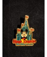 Disney World 2000 Magic Kingdom Mickey Mouse Castle Pin RARE - $9.49