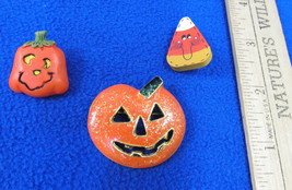 Halloween Pin Brooch Pumpkin Jack O Lantern Small Pumpkin & Candy Corn P... - $11.28