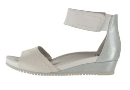 Earth Leather Wedge Sandals Ficus Sagittarius Off-White 9M NEW A372561 - $111.85