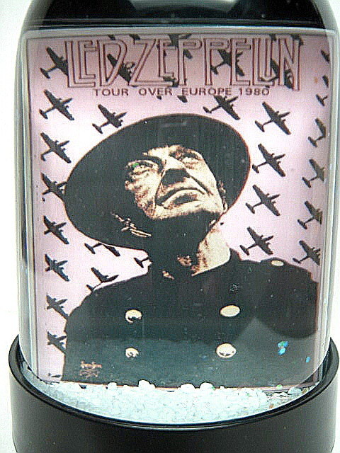 Led zeppelin tour over europe snow globe pint to post