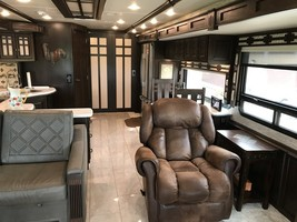 2017 Winnebago Tour 42QD for sale by Owner - Atwood, KS 67720 image 2