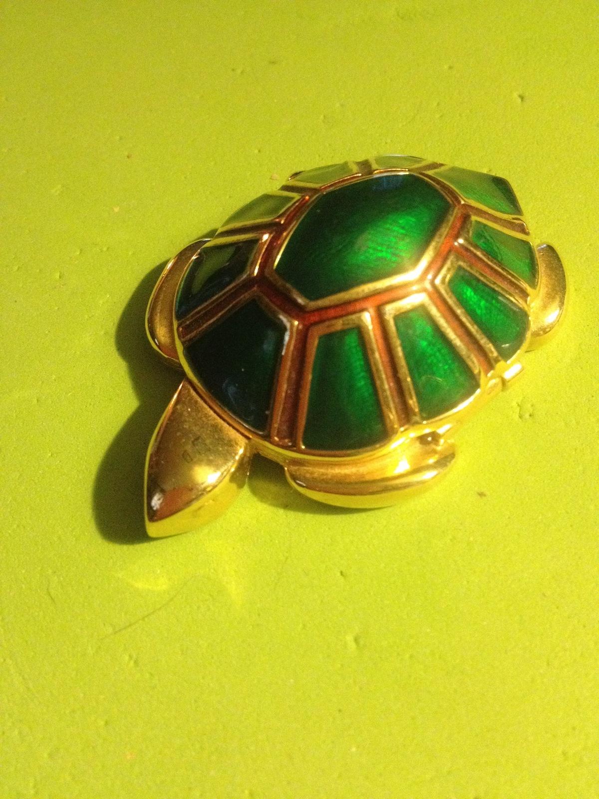 Estee lauder turtle