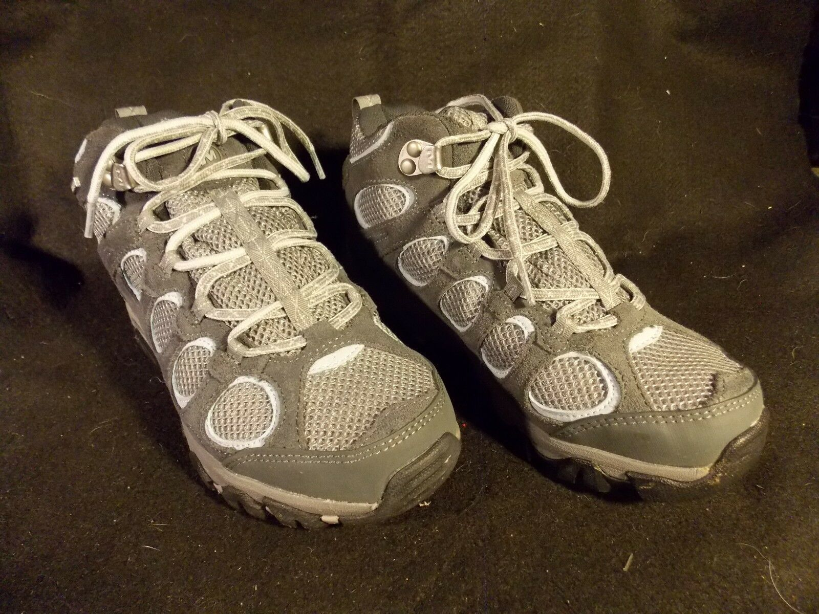 Women's Merrell Hilltop Vent Waterproof Castle Rock Gray Hiking Shoes Size 6